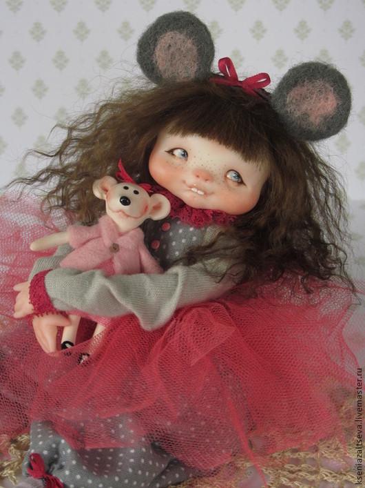 """Коллекционные куклы ручной работы. Ярмарка Мастеров - ручная работа. Купить """"Мышка"""". Handmade. Коллекционная кукла, ушки, хлопок 100%"""