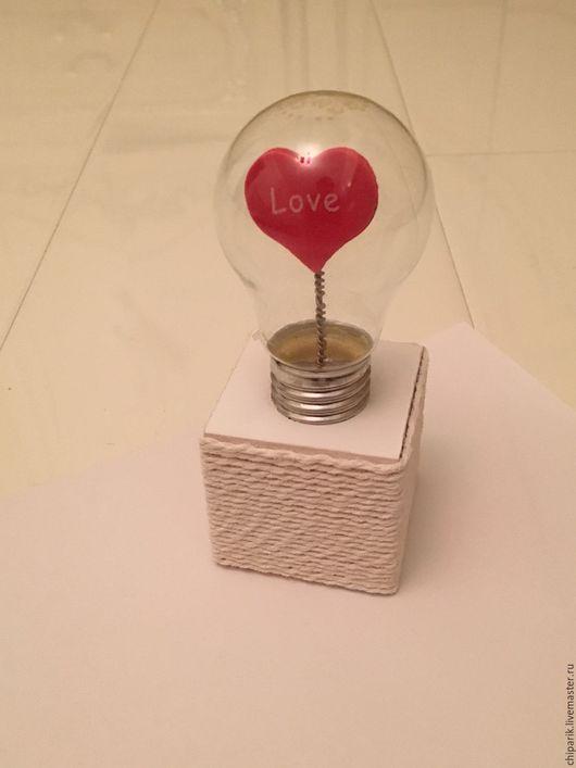 Подарки для влюбленных ручной работы. Ярмарка Мастеров - ручная работа. Купить Сердце в лампочке. Handmade. Белый, сердце, Мокрое валяние