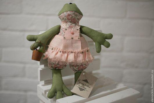 Куклы Тильды ручной работы. Ярмарка Мастеров - ручная работа. Купить Лягушка Тильда Хозяюшка. Handmade. Тильда, интерьерная кукла