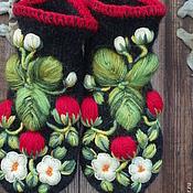 Варежки ручной работы. Ярмарка Мастеров - ручная работа Варежки с вышивкой  Клубничка. Handmade.