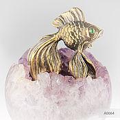 Для дома и интерьера handmade. Livemaster - original item Bronze Goldfish on a sphere of amethyst. Handmade.