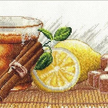 """Картины и панно ручной работы. Ярмарка Мастеров - ручная работа Вышитая картина """"Натюрморт с чаем"""". Handmade."""