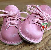 Обувь ручной работы. Ярмарка Мастеров - ручная работа Ботиночки для куклы с каблучком.. Handmade.