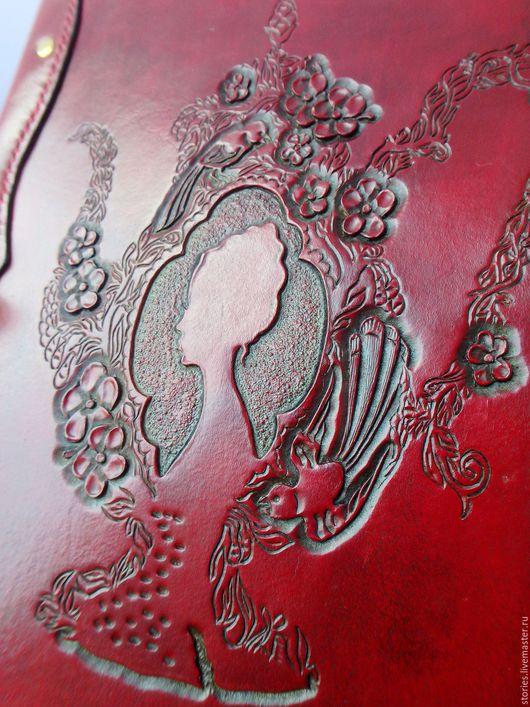 Обложки ручной работы. Ярмарка Мастеров - ручная работа. Купить Кожаная обложка для кулинарной книги ручной работы Чайник Алисы. Handmade.