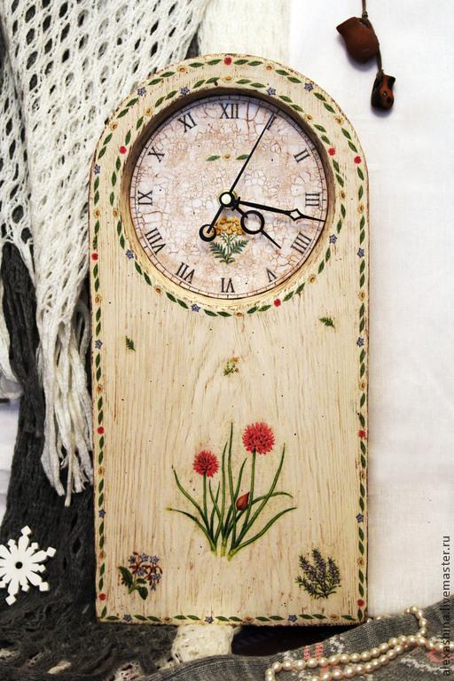 """Часы для дома ручной работы. Ярмарка Мастеров - ручная работа. Купить Настенные часы в стиле прованс - """"Весенний лук"""". Handmade."""