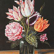 Картины ручной работы. Ярмарка Мастеров - ручная работа Натюрморт с букетом тюльпанов, роз, гвоздики и цикламена в зеленой бут. Handmade.