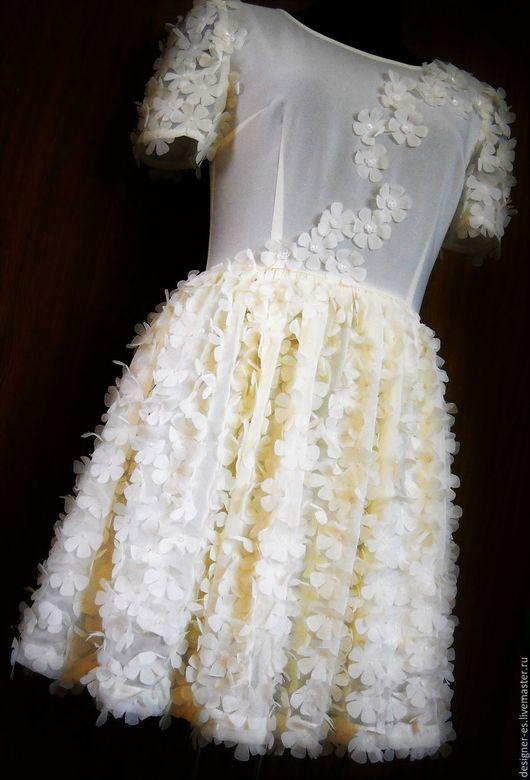 Платья ручной работы. Ярмарка Мастеров - ручная работа. Купить Нежное платье. Handmade. Белый, итальянская ткань, портниха
