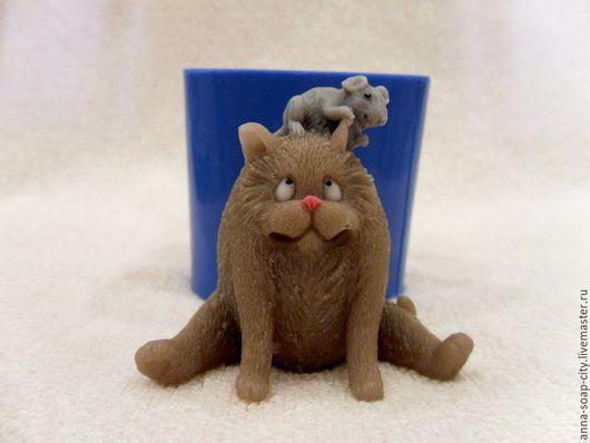 """Другие виды рукоделия ручной работы. Ярмарка Мастеров - ручная работа. Купить Силиконовая форма для мыла """"Кот и мышь"""". Handmade."""