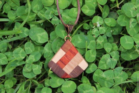 Кулоны, подвески ручной работы. Ярмарка Мастеров - ручная работа. Купить Кулон цветной из дерева. Handmade. Комбинированный, подвеска