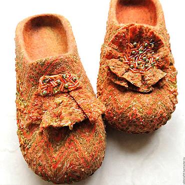 """Обувь ручной работы. Ярмарка Мастеров - ручная работа Валяный тапочки женские """"Осенний блюз"""". Handmade."""