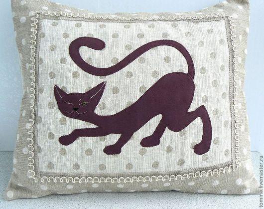 Кот. Коты и кошки. Котик. Прикольный кот. Кот в подарок. Оригинальный подарок. Мягкая игрушка кот. Подушка. Декоративная подушка. Подушка на диван.