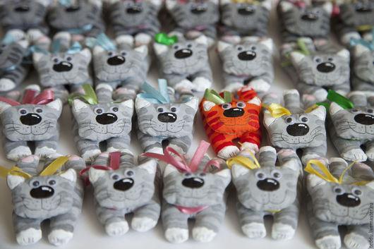 Игрушки животные, ручной работы. Ярмарка Мастеров - ручная работа. Купить Текстильный магнитик. Котик.. Handmade. Котенок, магнитная игрушка