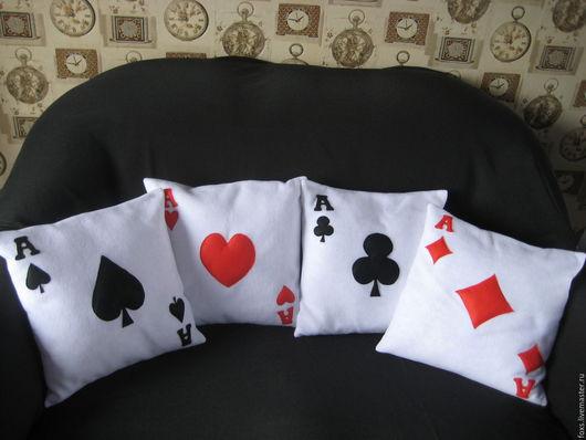 Текстиль, ковры ручной работы. Ярмарка Мастеров - ручная работа. Купить декоративные подушки с аппликацией в виде карточных тузов. Handmade.