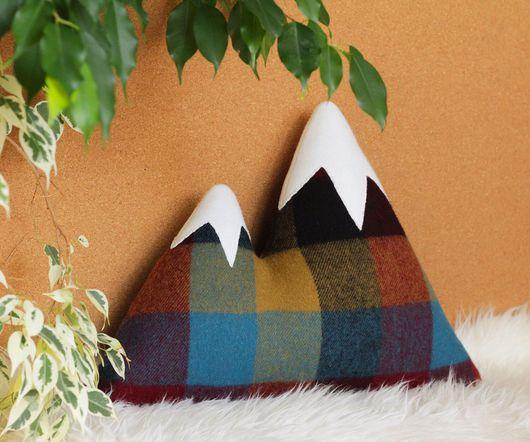 Текстиль, ковры ручной работы. Ярмарка Мастеров - ручная работа. Купить Горы. Handmade. Подарок, горы, подушка, подарок мужчине