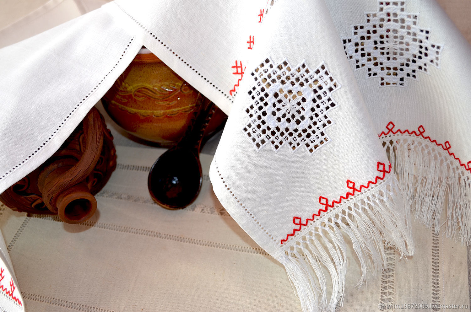 white linen towel with embroidery for wedding, for wedding, decoration for home, strojeva embroidery, purity, modesty, Russian style, Russian traditions, the red floss, Easter