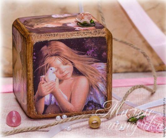 Детская ручной работы. Ярмарка Мастеров - ручная работа. Купить Ангелочки - интерьерный кубик. Handmade. Бледно-розовый, кубики, кубик