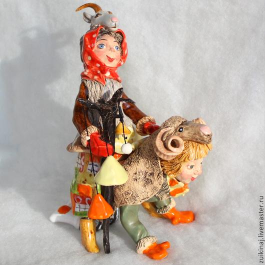 """Колокольчики ручной работы. Ярмарка Мастеров - ручная работа. Купить Скульптурка с колокольчиками """"Ряженые"""". Handmade. Колокольчик, новый год козы, святки"""