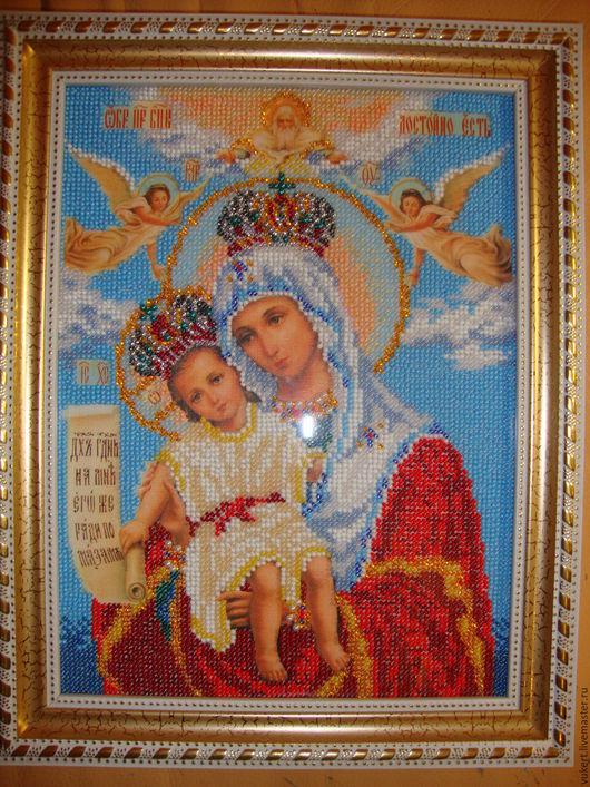 Икона Богородица Милующая, вышитая бисером