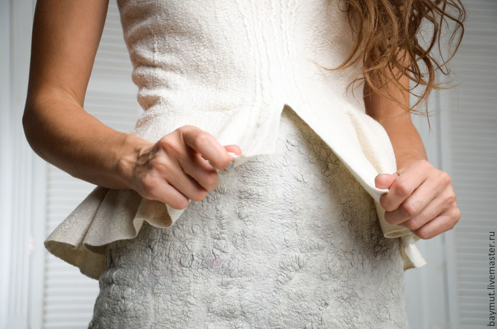 Платье с баской с доставкой