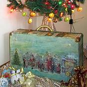 """Корзины ручной работы. Ярмарка Мастеров - ручная работа """"Новогодние истории"""" чемодан  новогодний для ёлочных игрушек. Handmade."""