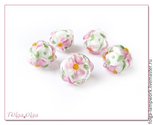Для украшений ручной работы. Ярмарка Мастеров - ручная работа. Купить цветы белые с розовым (бусины лэмпворк). Handmade. Бусины