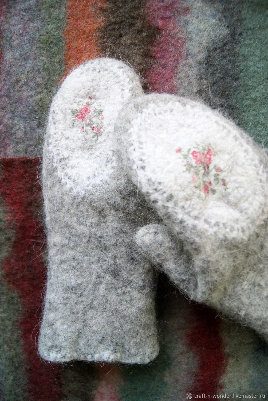 """Варежки войлочные с вышивкой """"Розы"""", Варежки, Фрязино,  Фото №1"""