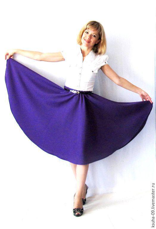 Цвет юбки более сиреневый