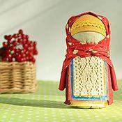 Куклы и игрушки ручной работы. Ярмарка Мастеров - ручная работа Крупеничка Осенняя ягодка, русская народная кукла, бордовый, желтый. Handmade.