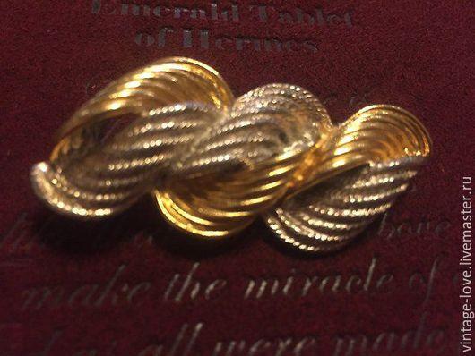 Винтажная брошь двух тонов: серебряного и золотого.