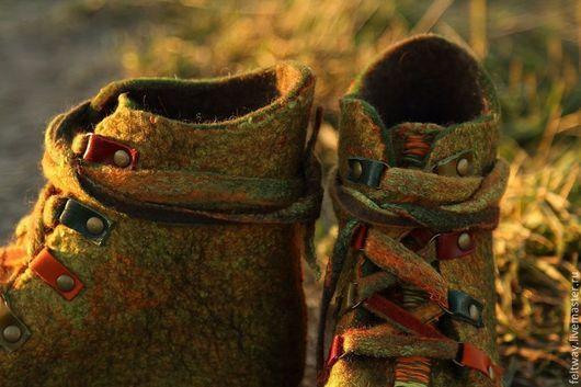 """Обувь ручной работы. Ярмарка Мастеров - ручная работа. Купить Войлочные ботинки """"Настроение"""". Handmade. Хаки, валенки для улицы"""