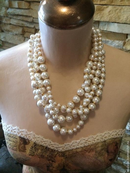 Колье жемчужное крупное модное украшение на шею из жемчуга фото