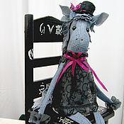 Куклы и игрушки ручной работы. Ярмарка Мастеров - ручная работа Грациозная лошадка в платье и шляпе. Handmade.