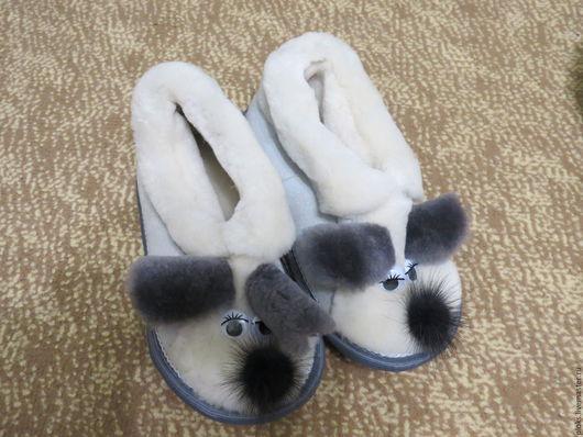 Обувь ручной работы. Ярмарка Мастеров - ручная работа. Купить тапочки- мышки из овчины. Handmade. Белый, тапочки домашние, подросток