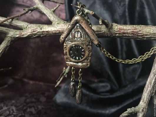 """Кулоны, подвески ручной работы. Ярмарка Мастеров - ручная работа. Купить Кулон """"Старинные часы"""". Handmade. Коричневый, старинные часы"""