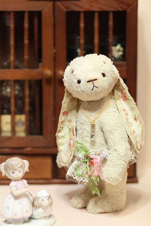 Мишки Тедди ручной работы. Ярмарка Мастеров - ручная работа. Купить Зайка Тедди Ника 27 см. Handmade. Бежевый