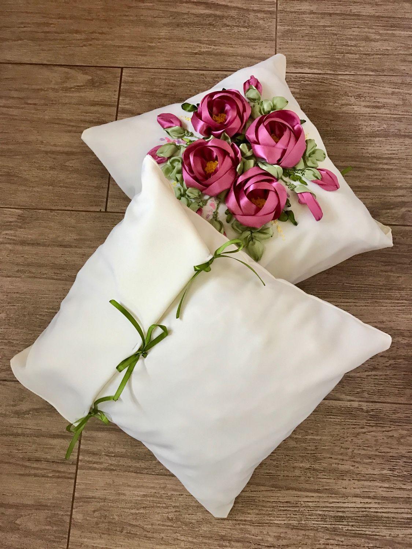 """Вышивка лентами подушки: пошаговое выполнение, материалы журнал """"Рутвет&quot"""