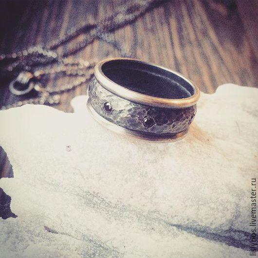 кольцо готика