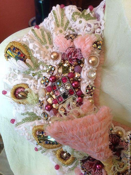 Колье, бусы ручной работы. Ярмарка Мастеров - ручная работа. Купить Колье-коллаж №64 Розовый фламинго. Handmade. Розовый