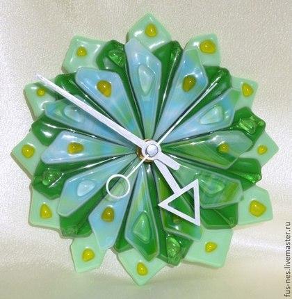 Часы для дома ручной работы. Ярмарка Мастеров - ручная работа. Купить Цветок-орнамент зеленый Фьюзинг. Handmade. Зеленый