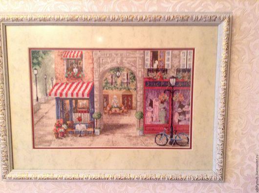 """Город ручной работы. Ярмарка Мастеров - ручная работа. Купить Вышитая картина """"Парижская улочка"""". Handmade. Картина в подарок, картины"""