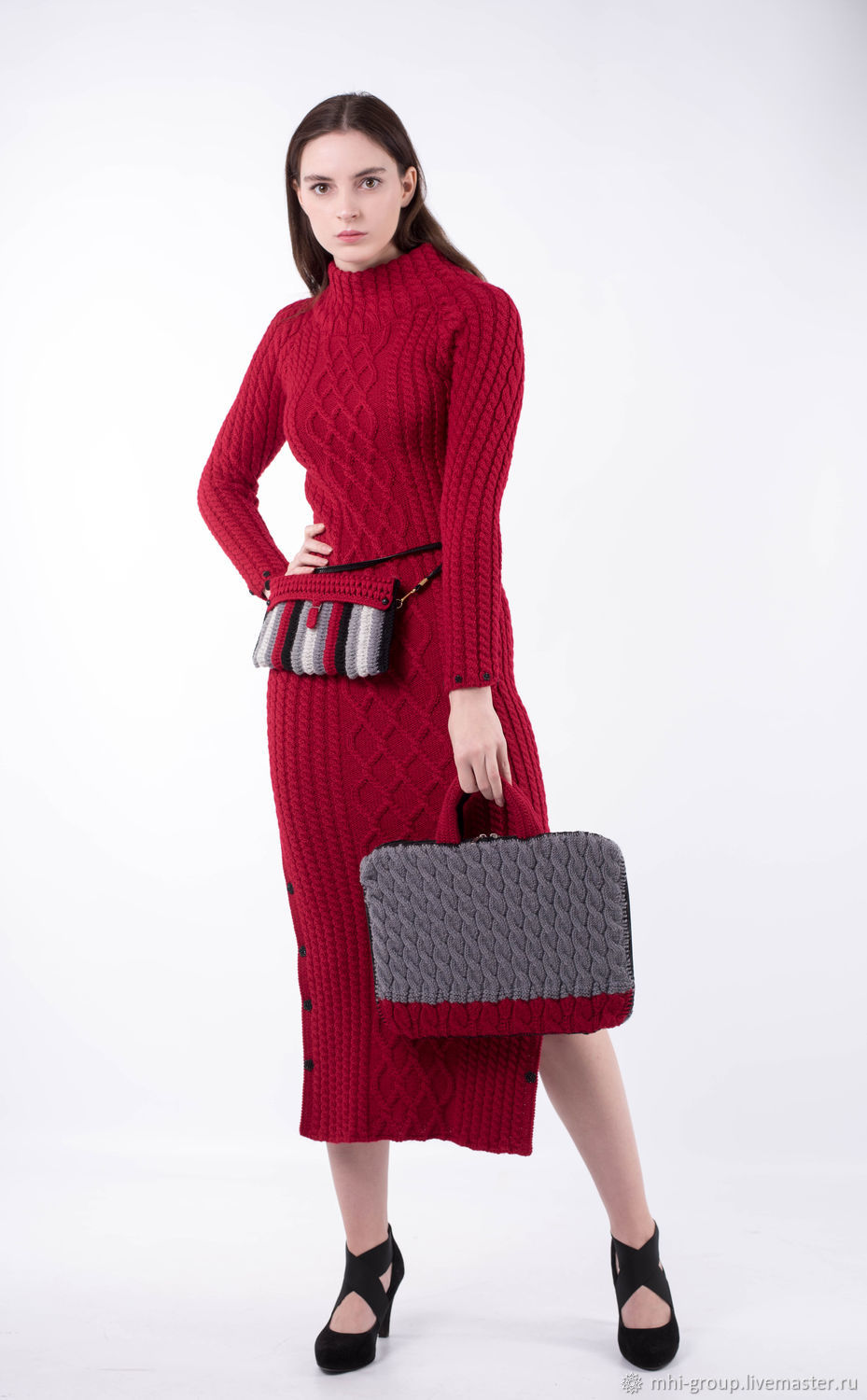 Knitted dress with slits on the sides (on the buttons) of 100% smooth wool yarn-Turkish production. Made in the technique of hand knitting, used in finishing the decorative elements.