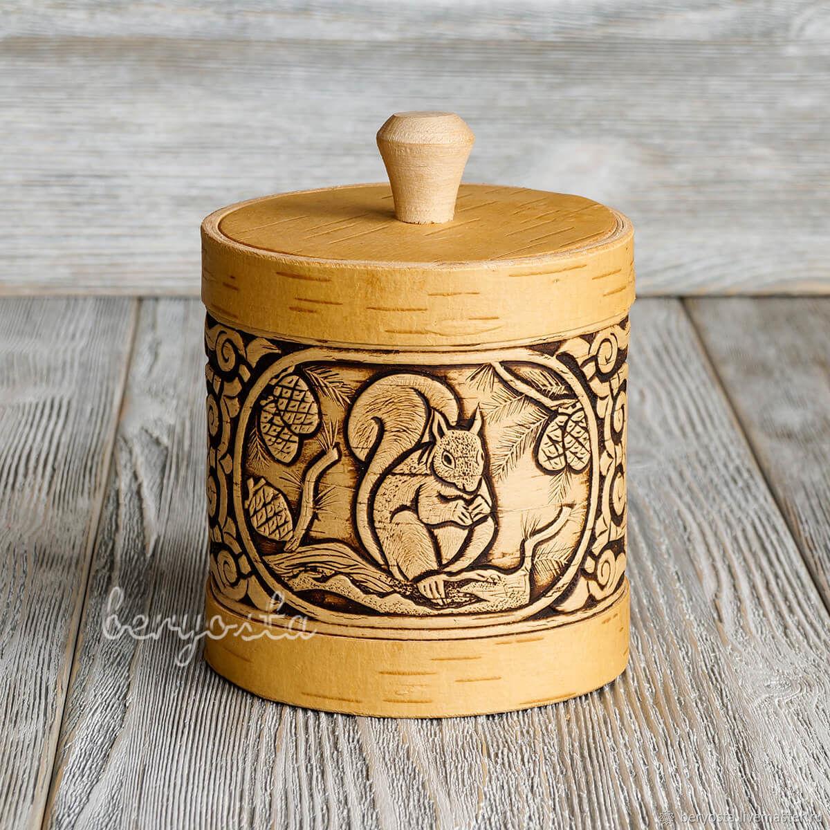 Box of birch bark 'the Squirrel' 10h11 cm. Jar for storage, a gift for mom, Jars, Novosibirsk,  Фото №1
