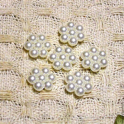 кабошон акриловый Цветочек, 9 х 8 мм, акрил, цвет жемчуг, 1 шт
