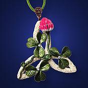 Украшения ручной работы. Ярмарка Мастеров - ручная работа ...Радость истока...кулон, клевер, трискель. Handmade.
