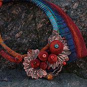 """Украшения ручной работы. Ярмарка Мастеров - ручная работа Колье """"Зачарованный осенью лес"""" (шерсть, медь, лэмпворк). Handmade."""