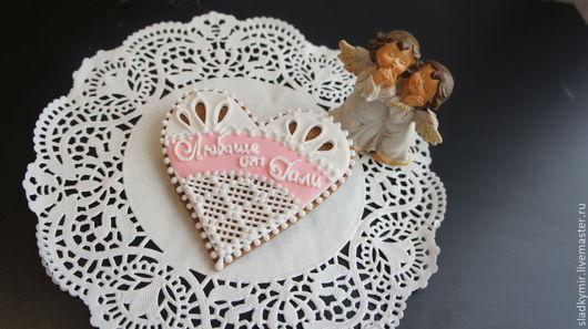Кулинарные сувениры ручной работы. Ярмарка Мастеров - ручная работа. Купить Ажурные сердечки - имбирные пряники или ванильное/шоколадное печенье 9. Handmade.