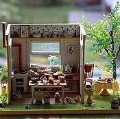 """Куклы и игрушки ручной работы. Ярмарка Мастеров - ручная работа Румбокс """"Землянично-лимонная кухня"""". Handmade."""