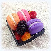 Мыло ручной работы. Ярмарка Мастеров - ручная работа Макарунчики с ягодами в коробочке набор мыла в подарок. Handmade.