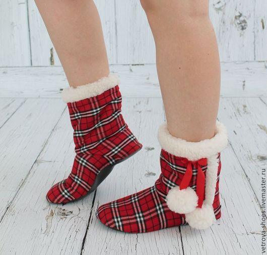 """Обувь ручной работы. Ярмарка Мастеров - ручная работа. Купить Домашние угги """"Из Шотландии с любовью"""". Handmade. Ярко-красный"""