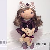 Куклы и игрушки ручной работы. Ярмарка Мастеров - ручная работа Интерьерная текстильная кукла в шапочке-совушке. Handmade.